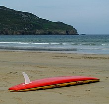 The surfboard fins are a very important element that defines the behavior of your board